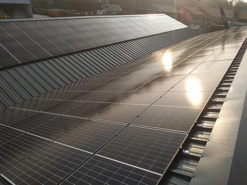 Duurzaam Lithoijen zonnepanelen Wijchen 3 zakelijk